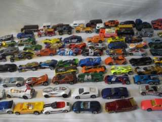 100 HOTWHEELS & MATCHBOX CARS & TRUCKS VERY NICE CARS (lot a)