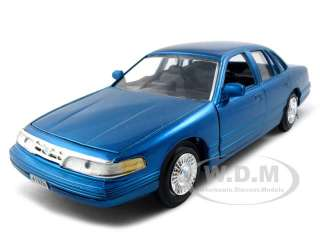 model of 1998 ford crown victoria die cast model car by motormax has