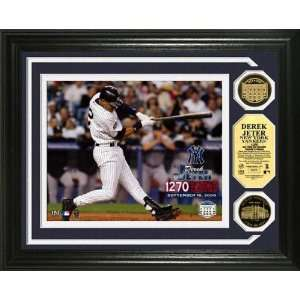 Derek Jeter New York Yankees   Yankee Stadium Hit Record