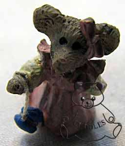 Duncans Ol Time Yo Yo Boyds Bear Treasure Box Figurine Blue Red Mouse